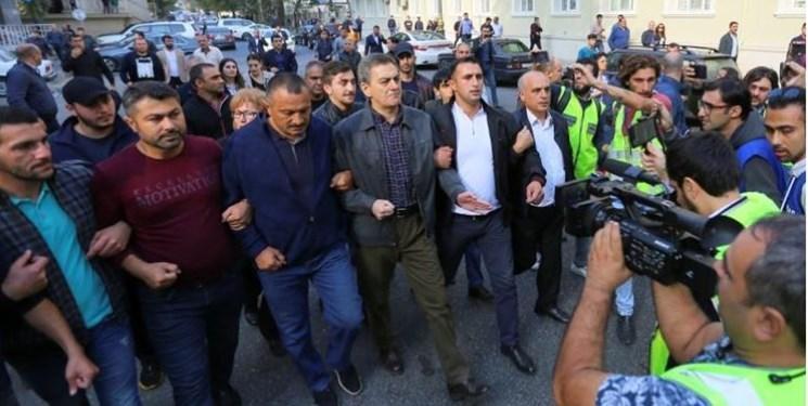 آذربایجان، معترضان و رهبر یکی از احزاب مخالف دولت را دستگیر کرد