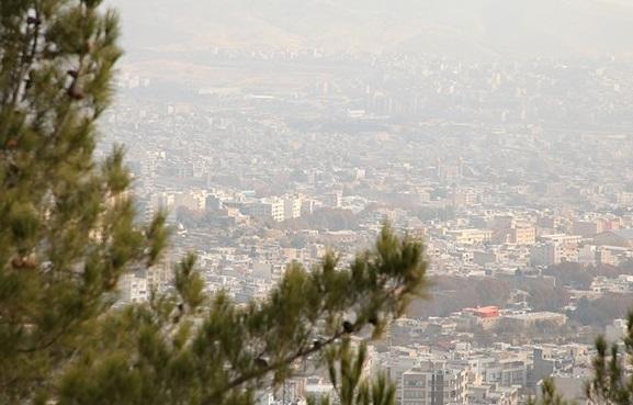 کیفیت هوای تهران در مرز آلودگی است، شاخص روی عدد 93 قرار گرفته است